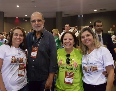 Da direita para esquerda: Representantes do Rio de Janeiro - Rosangela Mendonça (CREFONO1), Etila Elane (Sindicato dos Psicólogos), Jorge Darze (Sindicato dos Médicos) e Francinete Oliveira (Conselho de Assistência Social)