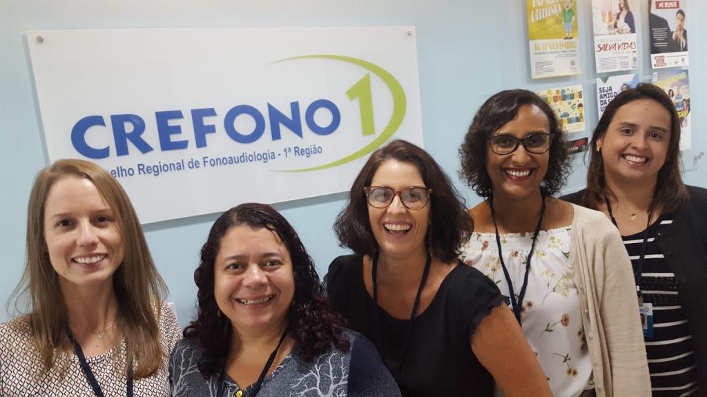 Comissão de Interiorização: (da esquerda para a direita) Vivian Neves (CRFa 1-14679), Josiane Ferreira (CRFa 1-14403), Alessandra Mattoso (CRFa 1-6475), Carolina de Freitas (CRFa 1-3347-6), Marcela Alves (CRFa 1-13141)